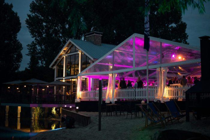 transparante-tent-2013-09-07-blik-en-bloos-papas-beach-house-079