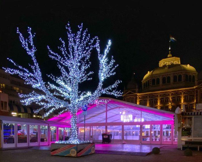 transparante-tent-schaatsbaan-kurhausplein-scheveningen