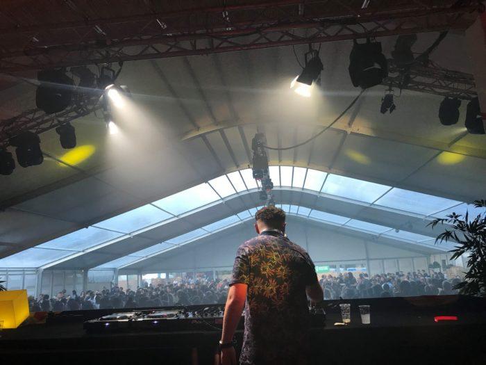 festival-tent-ade02-2