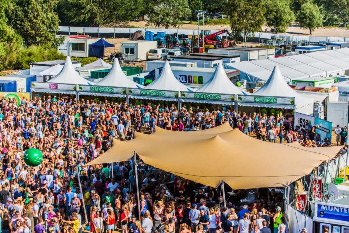 festival-tent-zand_setvexy-92-2